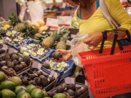La revalorisation des invendus est une nouvelle pratique qui se structure. Elle contribue à réduire les déchets alimentaires consommables tout en générant un chiffre d'affaires supplémentaire pour les restaurateurs.