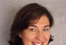 Dorothée Vincent, DRH du groupe IGS, explique le processus de dématérialisation du titre restaurant dans son entreprise.